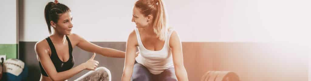 How does a women's fitness trainer differ from other types of trainers