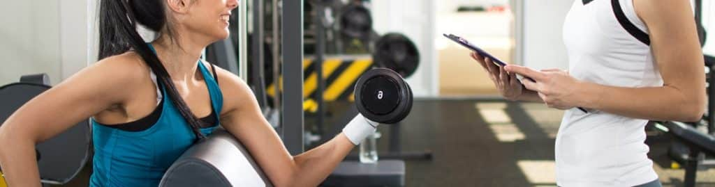 Why Should You Choose a Women's Gym Trainer